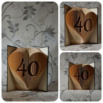 Szíves két számjegyű számos könyvszobor